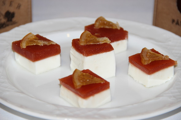 tapas de queso con membrillo